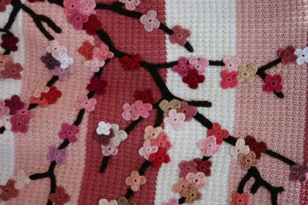 Crochet Cherry Blossom Baby Blanket Tutorial